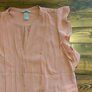 Button down sleeveless blouse